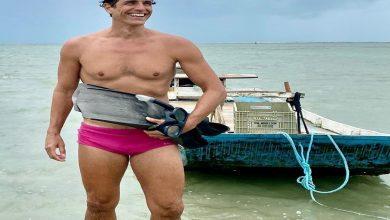 Photo of Reynaldo Gianecchini passa férias ao lado da mãe em Alagoas