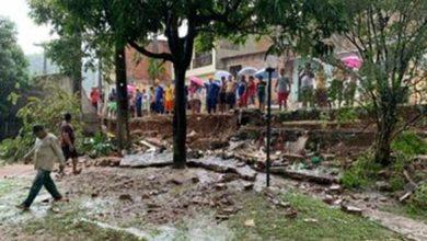 Photo of Chuva invade prédios, derruba muro de condomínio e provoca queda do teto de academia de ginástica