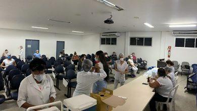 Photo of HGE vacina quase 1,6 mil profissionais contra Influenza