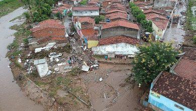 Photo of Sob risco de rompimento de barragem, bombeiros alertam para novas enchentes no Sertão