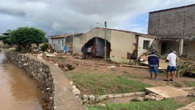 Photo of Cheia do Rio Ipanema deixa mais de 2 mil desabrigados e 8 mil desalojados no sertão