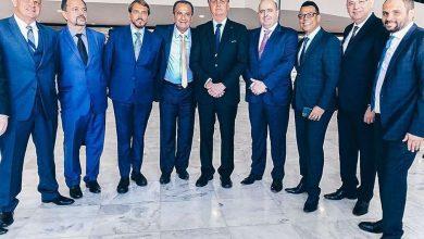 """Photo of Bolsonaro recebe líderes evangélicos e ora contra """"baderna"""""""