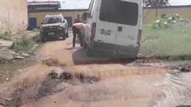 Photo of Sem pavimentação, carros atolam todos os dias na Rua dos Nativos