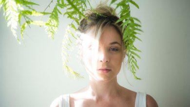 Photo of Juliana Lohmann revela ter sido estuprada por diretor aos 18 anos