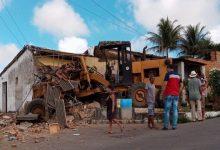 Photo of Patrol desgovernada após perder freios invade e destrói casa em Feira Grande