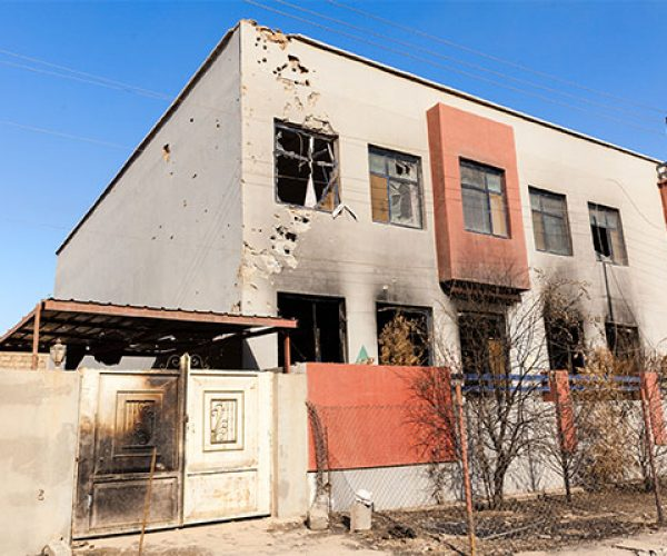 16-iraque-casa-queimada