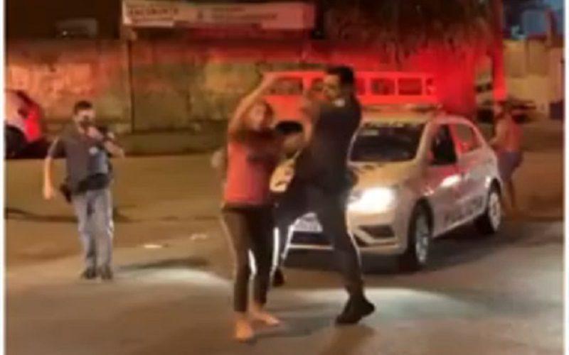 Agressão-policial-Sacadura-Cabral-Foto-Reprodução