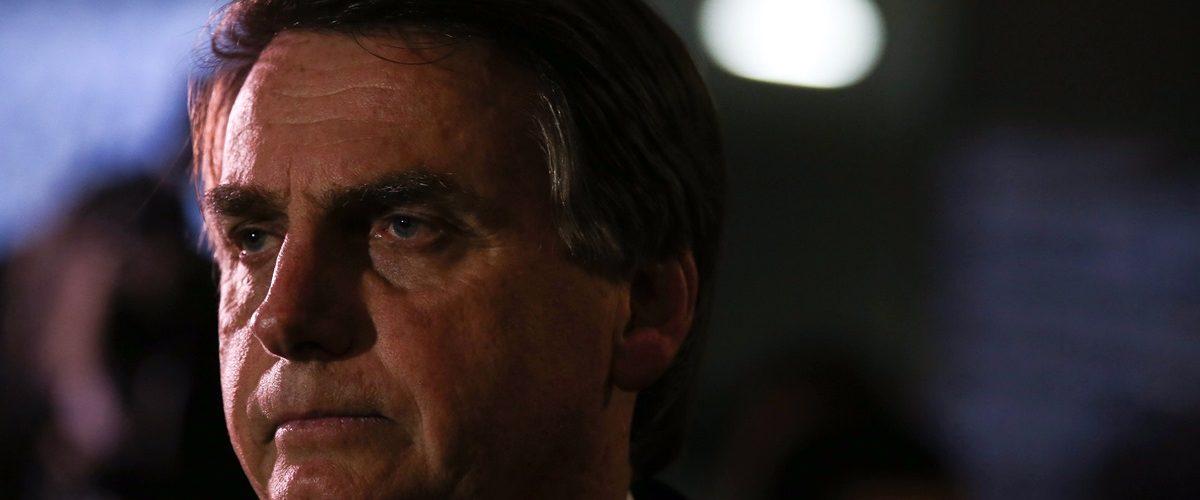 Brasília - Deputado Jair Bolsonaro fala com a imprensa sobre ter virado réu no STF, pela sua declaração que
