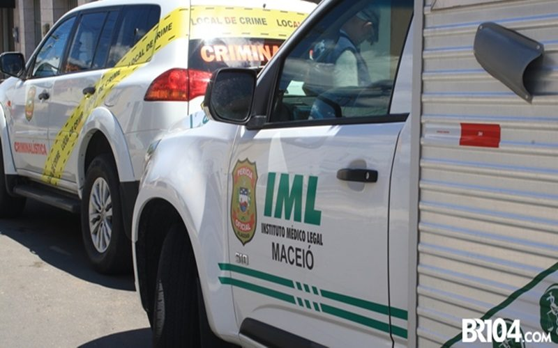 Carro-do-IML-e-IC