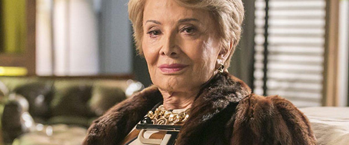 Gloria-Menezes-em-cenario-de-novela