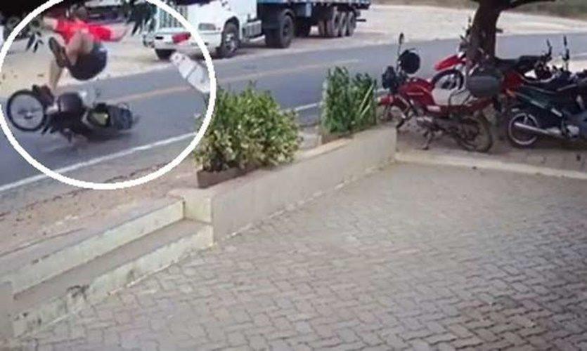 advogado-arremessado-em-acidente-em-santa-quiteria-730x437