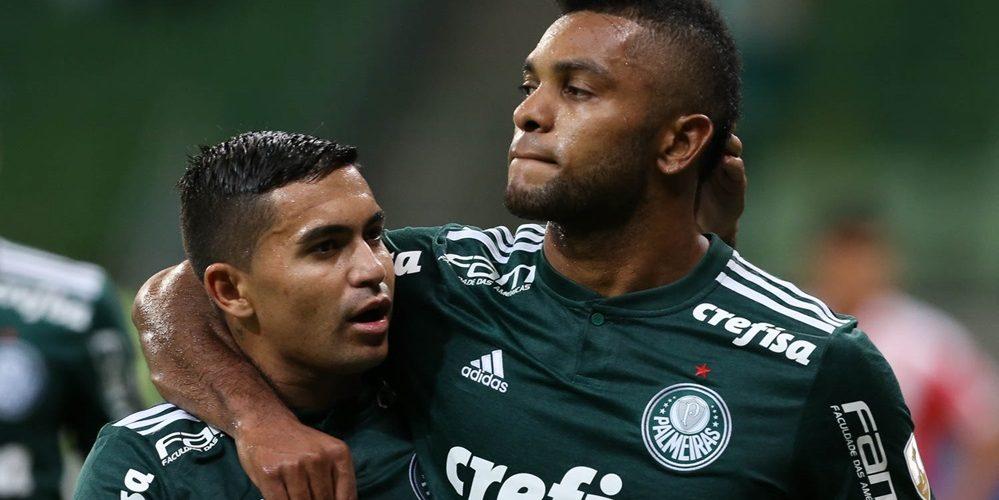 O jogador Borja, da SE Palmeiras, comemora seu gol contra a equipe do Junior Barranquilla, durante partida válida pela sexta rodada, fase de grupos, da Copa Libertadores, na Arena Allianz Parque.