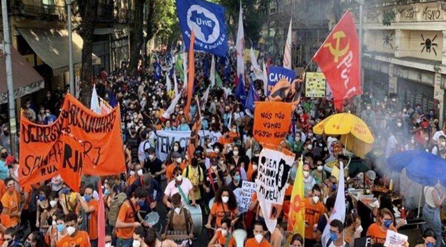 x93122115_rio-de-janeiro-29-05-2021-movimentos-populares-do-rio-organizam-protesto-por-fora-bolsonaro.pagespeed.ic.mim78njekn