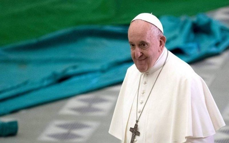 x93591760_pope-francis-arrives-to-lead-an-audience-with-members-of-catholic-charity-caritas-in-pa.pagespeed.ic.vmtp27gkay